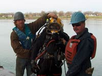 underwater debris removal team